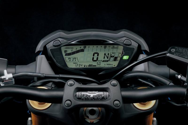 suzuki gsx-s1000 (3)